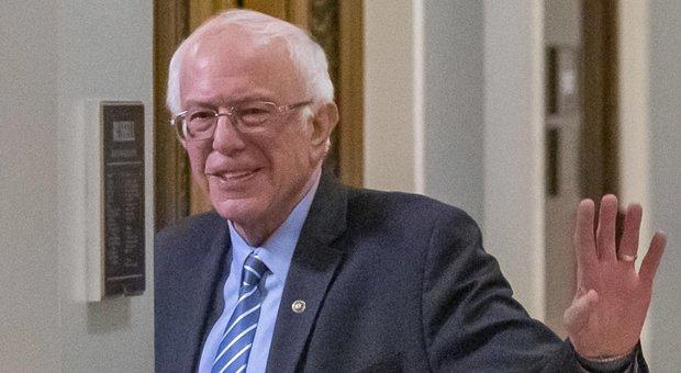 Usa 2020, Bernie Sanders rinuncia: la sfida sarà tra Trump e Biden
