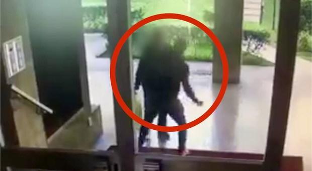Invalido picchiato, narcotizzato e ricattato a Vercelli: quattro arresti