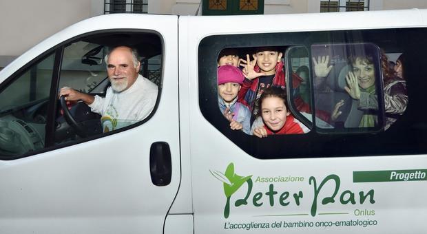 Roma, Babbo Natale in bicicletta, show e concerti: feste charity per la onlus Peter Pan