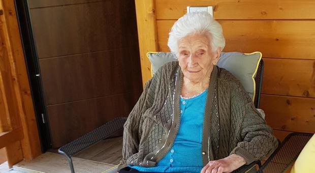 Nonna Peppina potrà restare nella sua casetta di legno