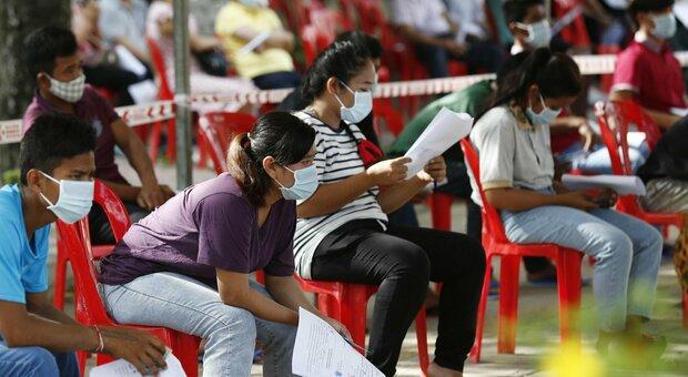 Covid in Cina, a Guangzhou 20 casi su 15 milioni di abitanti: teste di massa e città in lockdown