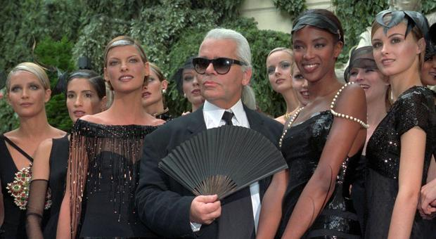 Morto Karl Lagerfeld, il leggendario