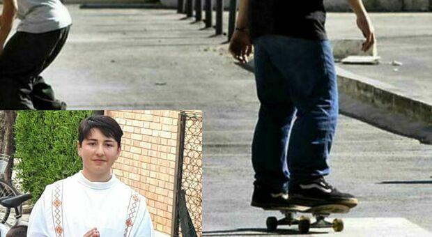 Pisa, 16enne ucciso mentre attraversava, parla l'automobilista: «Era verde»