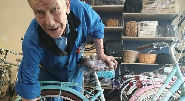 Gli 80anni di Nino Iervese, il signore delle biciclette. Gino Bartali fu suo amico
