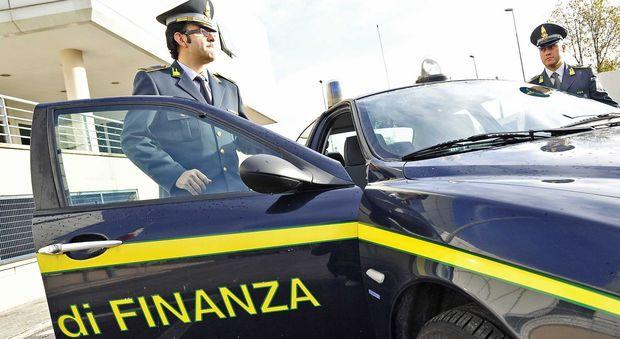 Avezzano, scoperti due falsi invalidi: sequestrati 90mila euro