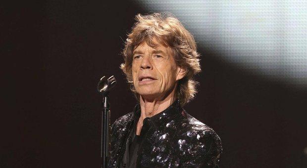 Operato Mick Jagger, è in recupero - Ultima Ora