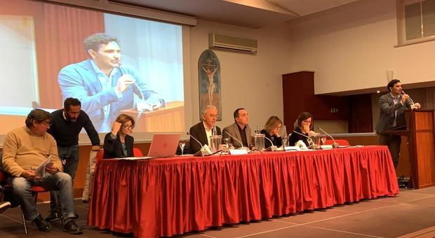 Latina, Consiglio comunale sul clima davanti a centinaia di studenti - Il Messaggero