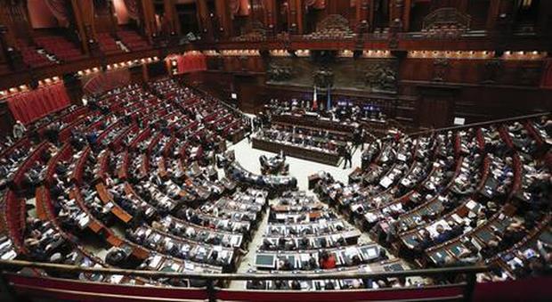 Manovra via libera in commissione bilancio governo for Commissione bilancio camera