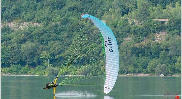 Anche Marco Papa al 3° Campionato del mondo di parapendio acrobatico