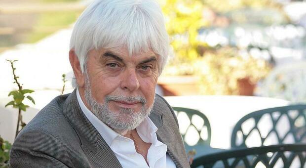 Valerio Massimo Manfredi, chi è lo scrittore e storico ricoverato a Roma dopo una fuga di gas: carriera e libri