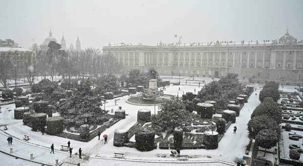 Madrid, bufera di neve: salta Atletico-Athletic