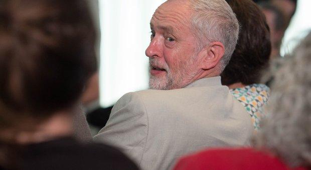 Brexit, scontro nel Labour: Corbyn silura ministro ombra. Scatta l'ammutinamento nel partito