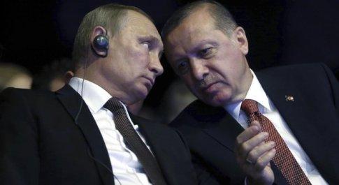 Ambasciatore russo ucciso ad Ankara, Erdogan chiama Putin. Il Cremlino: «Atto terroristico»