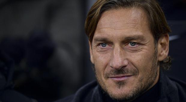 Totti: «Non faccio l'agente sportivo. Svolgo sono attività di scouting»