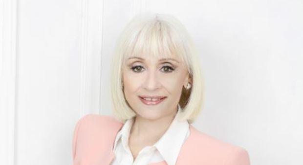Maria De Filippi e Raffaella Carrà: liti? La cantante svela la verità