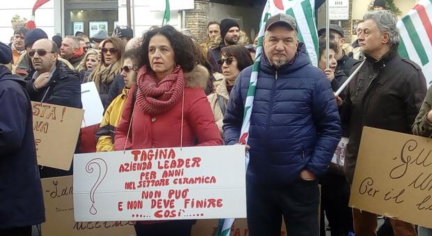 Una vecchia manifestazione dei lavoratori Tagina