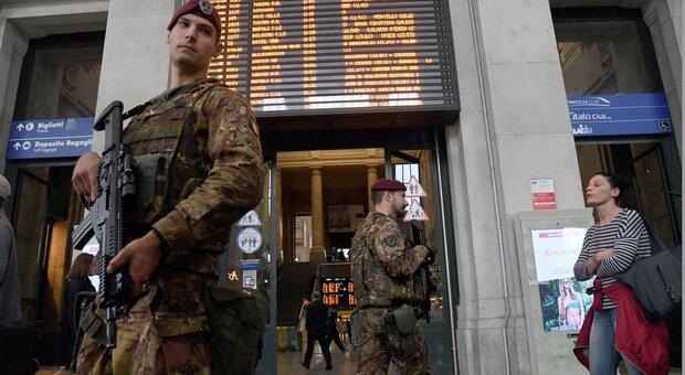 Milano, fanno sesso in strada davanti alla stazione centrale: rabbia e proteste dei residenti