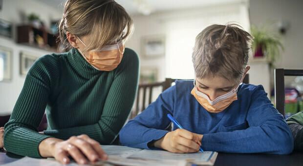 Virus, ritorno a scuola a settembre? Lo studio di Science: «Si può anche da subito»