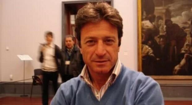 Napoli, aggredito e accoltellato a morte per un parcheggio: Maurizio Cerrato aveva 61 anni