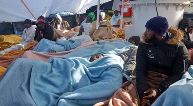 Migranti, gommone in difficoltà al largo della Libia. La Mediterranea: Intervenire subito