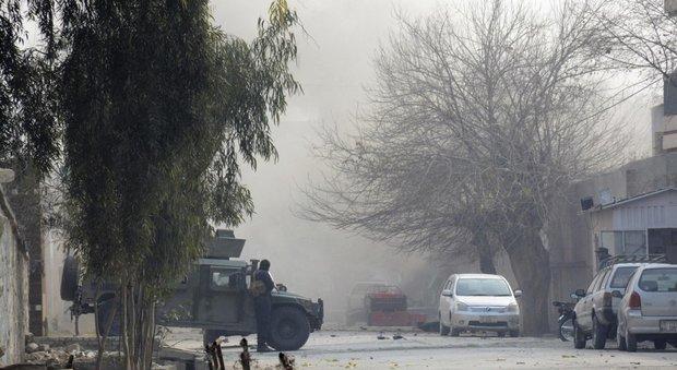 Afghanistan, esplosione a Kabul: 95 morti e 1638 feriti