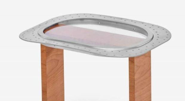 immagine Dai rottami di un aereo nascono poltrone e tavolini per la casa