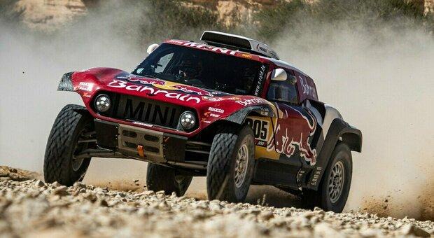 Dakar 2021: ci sono ben 17 donne in gara. C'è anche l'italiana Camelia Liparoti