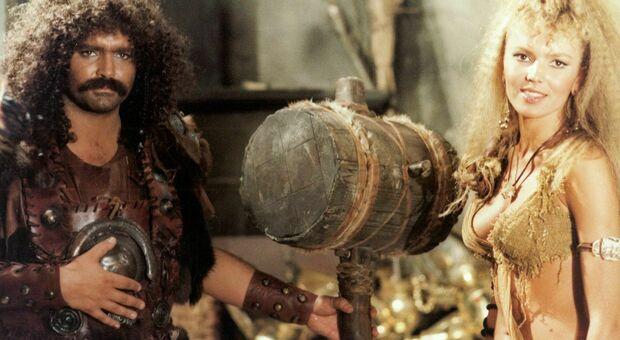 Stasera in tv, lunedì 16 agosto su Italia 1 «Attila flagello di Dio»: curiosità e trama del film con Diego Abatantuono