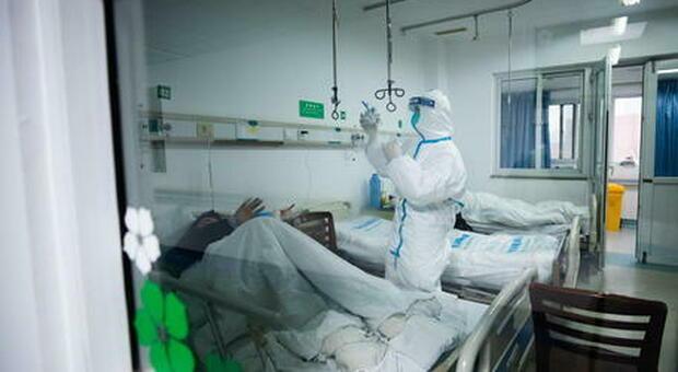 Coronavirus, scienziato cinese denuncia: «Wuhan ha nascosto le prove»