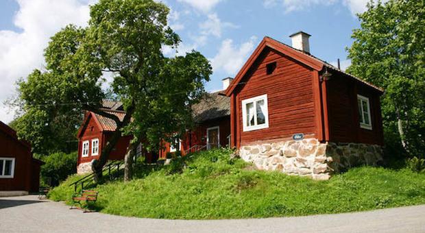 In Svezia puoi comprare un intero villaggio termale (per 7 milioni di euro)