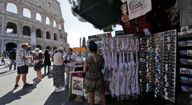 Turismo, Roma resta prima ma paga abusivi e sommerso