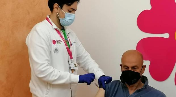 Lazio, open day vaccini: chi può andare e quali dosi (da Pfizer ad AstraZeneca) vengono somministrate
