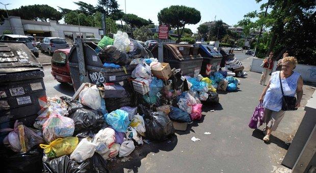 L'emergenza rifiuti ora obbliga Roma alla discarica in città