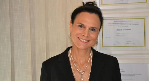 Covid, la psichiatra Lucattini: «Sempre più giovani sperano nel contagio per non andare a scuola»