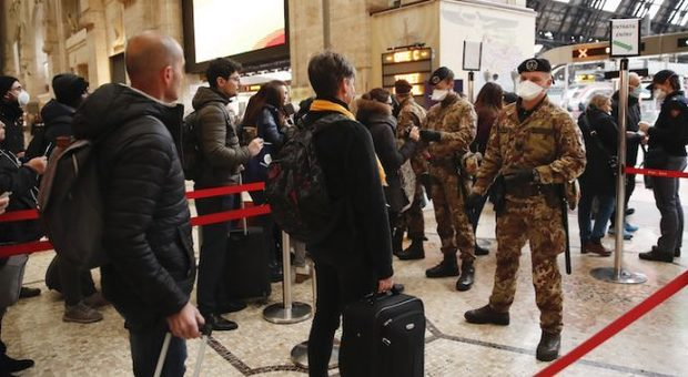 Coronavirus, l'ira di Michele Emiliano, presidente della Puglia: «Basta con la fuga al Sud, ci portate altri focolai»