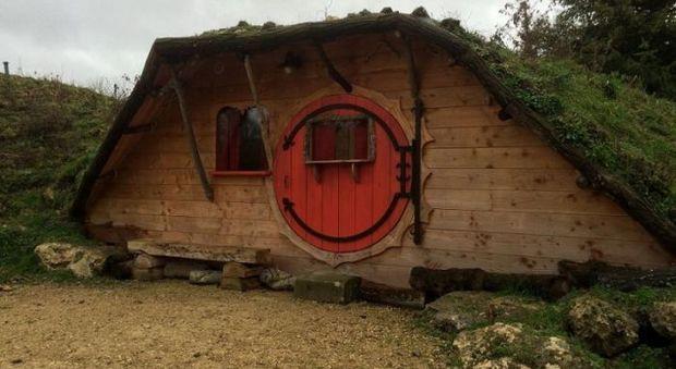 Alberghi insoliti nella casa degli hobbit o nella yurta - Riscaldamento alternativo in casa in affitto ...