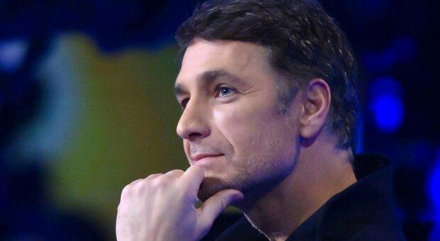 Raoul Bova a Verissimo: «Interpretare Giorgio Armani è stato un sogno»