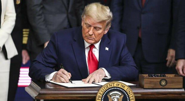 Covid Usa: Fda autorizza vaccino Pfizer, Trump: «Prime vaccinazioni tra meno di 24 ore»