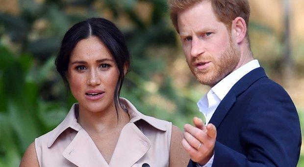 Harry e Meghan sugli «errori» del Regno Unito: «Bisogna fare i conti con il passato»