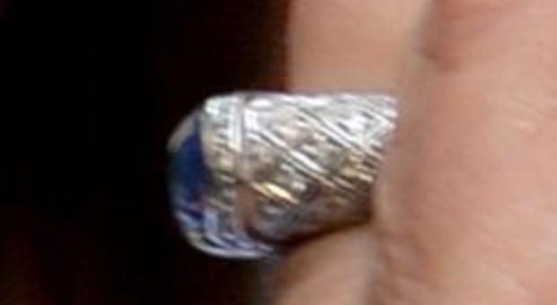 Ancona, venduto il diamante lasciato in eredità alle Patronesse del Salesi