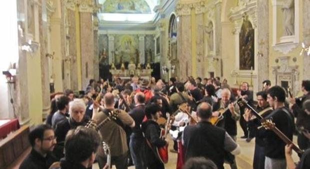 Il concerto del 2010 di Robert Fripp a Sassoferrato