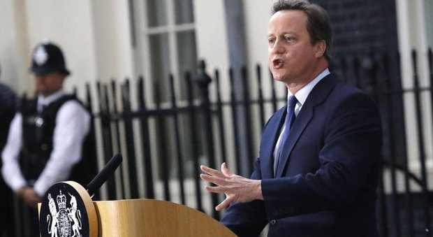 Londra, Cameron dice addio alla politica: si dimette anche da deputato