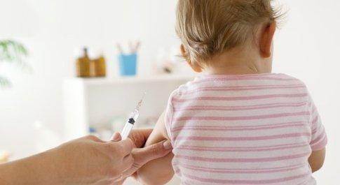 Rimini, neonato ricoverato in ospedale per la pertosse. I fratelli non sono vaccinati