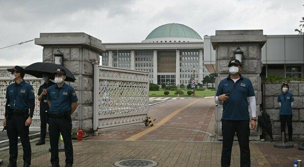 Covid, allarme Corea del Sud: ospedali in affanno. In Usa primo caso di reinfezione