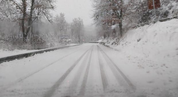 Maltempo, nel Lazio allerta gialla per 36 ore: «Nevicate sopra i 500 metri»