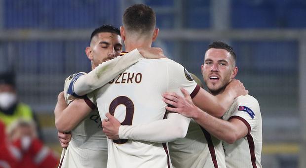 Europa League, Roma-Ajax 1-1: giallorossi in semifinale. Basta la rete di Dzeko. Adesso il Manchester United