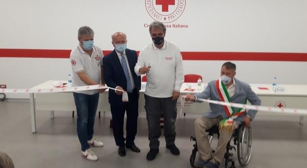 La Croce Rossa Italiana ha una nuova casa in Umbria e la sua sede regionale è a Foligno all'interno del Centro di Protezione Civile