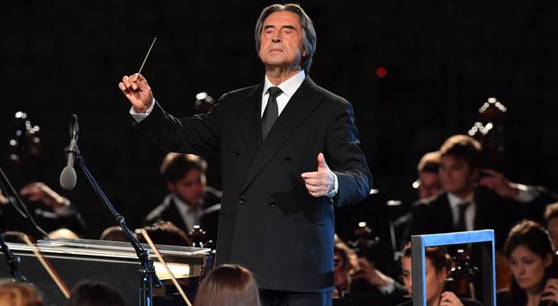 Il Maestro Muti dirigerà a Ravenna il 21 giugno il primo concerto dal vivo con pubblico dopo il lockdown