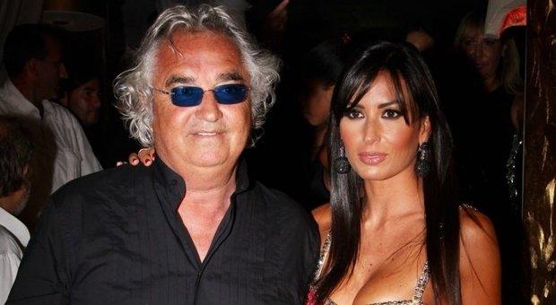 Gf Vip, Elisabetta Gregoraci replica all'ex marito Briatore: «Il mantenimento? Signori si nasce non si diventa»