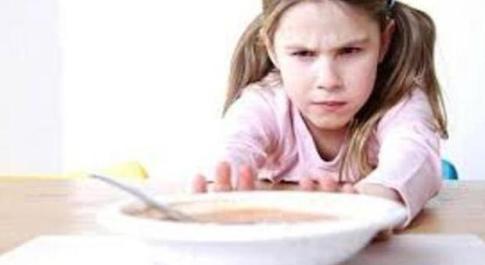 Anoressia, pazienti sempre più piccole Bambino Gesù: casi a 8-9 anni
